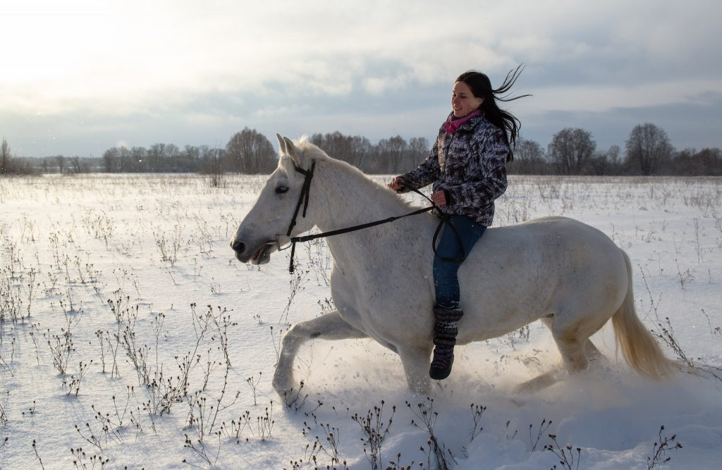 конный поход в дальним голубым озерам